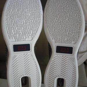 d35b222258892 Adidas Shoes - Adidas KG Bounce 2007 Las Vegas ASG Men s sz12